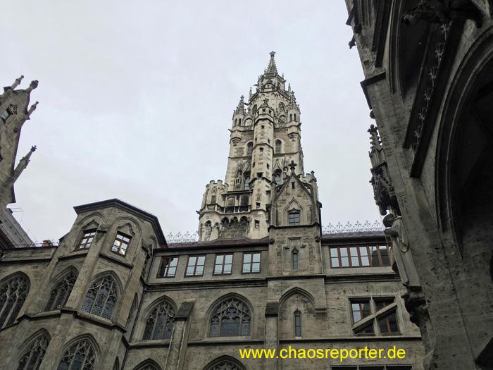 München Rathausturm Blick vom Innenhof