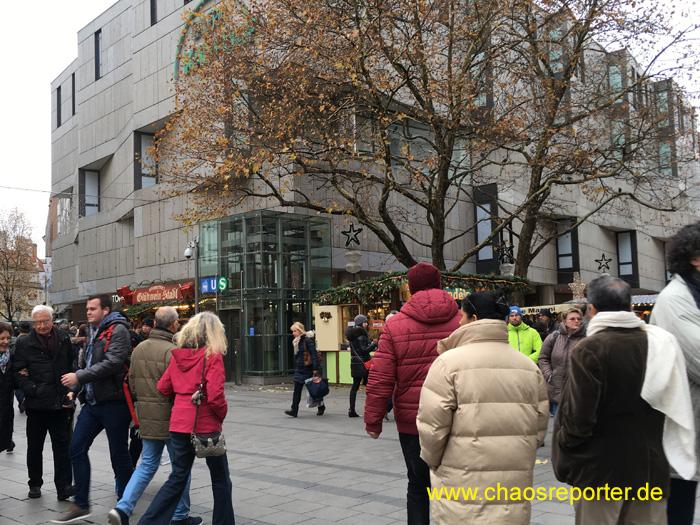 Ab in die Rosenstraße zum nächsten Teil des Christkindlmarktes
