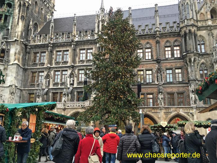 Christkindlmarkt München Christbaum aus Burghausen