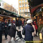 Da Rechts ist mein Stand mit Springerl auf dem Münchner Christkindlmarkt