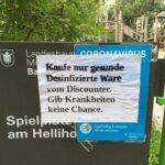 Plakat mit desinfizierter Botschaft